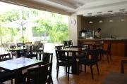 TARGET|ホテル寮カフェ